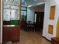 融和家园 二室二厅加一书房精装修 拎包入住 租爱干净人士 15500一年