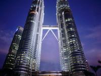 海纳国际多层85平方米2室2厅简装66.8万详细楼层请电询