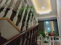 出售丰和 东郡名城5室2厅2卫179平米165万住宅