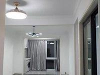 出售西城桂花苑精装三房,楼层好朝向南北,视野开阔采光透亮,户型周正,格局分布合理