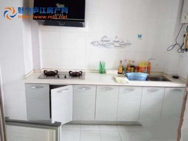 庐江中心城 3室精装 四中 实验 学区房 有电梯 1500一个月