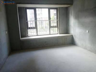 出租望湖城3室 毛坯 图片真实 10000一年 看房方便