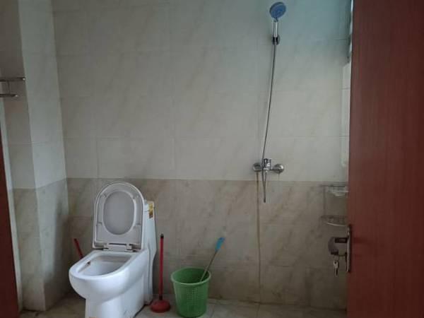 出租滨河家园 3室2厅精装修 家具家电齐全 南北通透