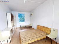庐江县医院对面 一楼二楼的 装修一般 看房有钥匙的