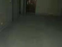 急售,望湖城电梯好楼层,着急卖,纯毛坯房,另送储藏室,挂价75万,看中再谈!!