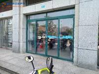 出租东方水岸70平米2900元/月商铺赠送二楼一卧室,居民用电