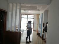 出租盛世豪庭精装修,家电齐全2室2厅1卫100平米1150元/月住宅