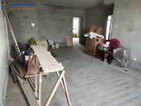 出售金港湾3室2厅2卫129平米82万住宅,优质大三房,中间楼层,有钥匙随时看房