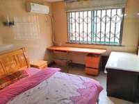 庐江城西,众发名城,精装两房出租,价格便宜,位置极佳,可租可售