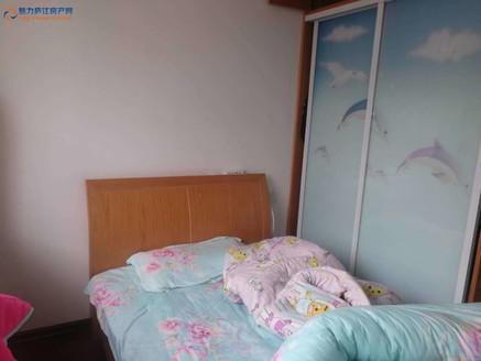 鲍井新村框架多层76平方米2室2厅精装68万