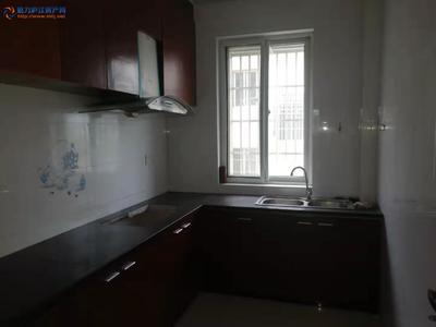 秀水亭隔壁临街南北朝向4楼105平方米中装3室2厅66.8万