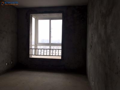 学府嘉苑 框架电梯中上楼层 价格美丽动人 南北通透 地理位置特好 靠近高铁站不远