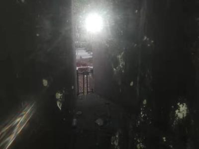 海纳国际1楼85.52平2室2厅毛坯送12平方米储藏室,南北双阳台,主卧送衣帽间