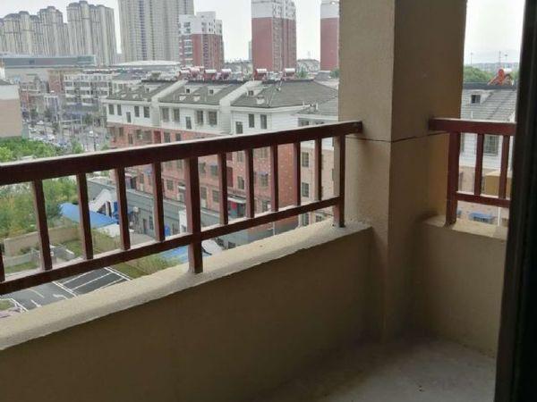 幸福世家 中层三房 完美楼层 南北通透 两房朝南 诚心出售