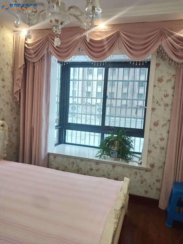 出租庐江 中心城2室2厅1卫93平米1500元/月住宅
