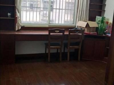 出租北苑小区3室2厅1卫109平米1.55万一年住宅