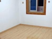 北苑小区 二室二厅 精装修 好楼层 一口价包税在内45万
