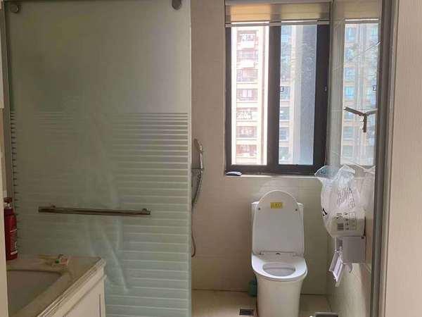 出租 新庐国际3室2厅 边户 自住精装修 家电全齐 拎包入住 1.9万一年