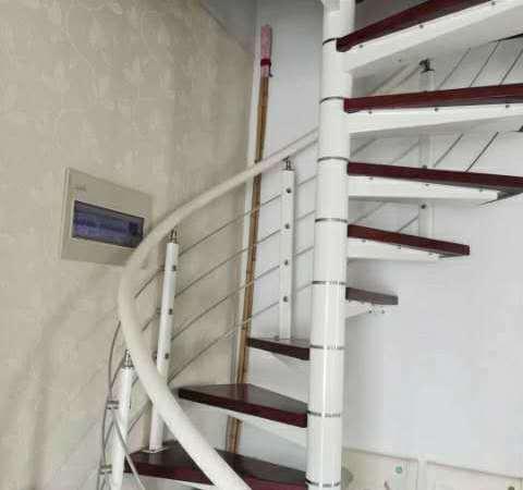 文元学府电梯复式产证113.2平精装111万