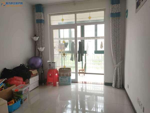 沁春园 框架结构 59.8万 南北通透 精装修 满二唯一住房 2室2厅