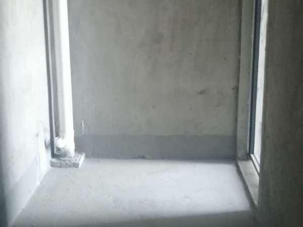 世纪华府 学区房 南北通透采光极好 毛坯三室任意装修