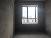 滨河家园电梯边户 毛坯四房 好楼层 采光无遮挡 环境好 现在诚售