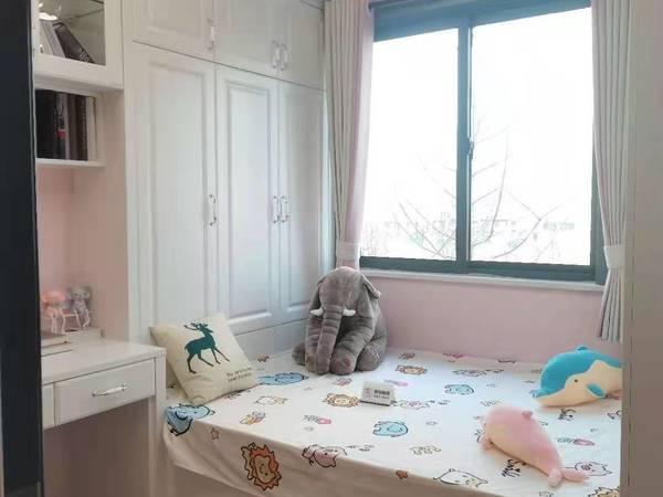 苏家河旁,阳光壹号院,好楼层,特价房,均价9300一平,双学区房,楼王地段,
