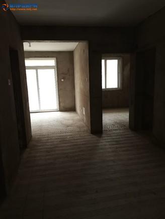 出售万家四季城2室2厅1卫82平米66万住宅