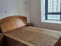 出租中心城三室两厅好房 好装修 12000一年 价格超低