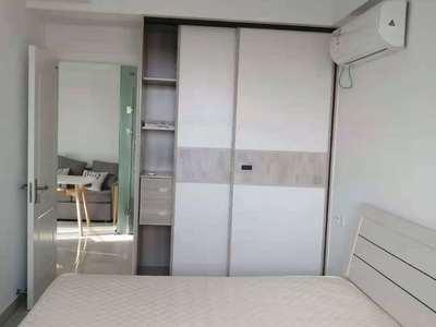 出租 方圆荟2房精装修 家电齐全 拎包入住 1.6万一年