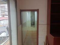 出租工行巷3室1厅1卫120平米900元/月住宅